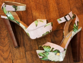 Actually I take that back. It's a tie between those and these Steve Madden's. I'm a sucker for floral prints.